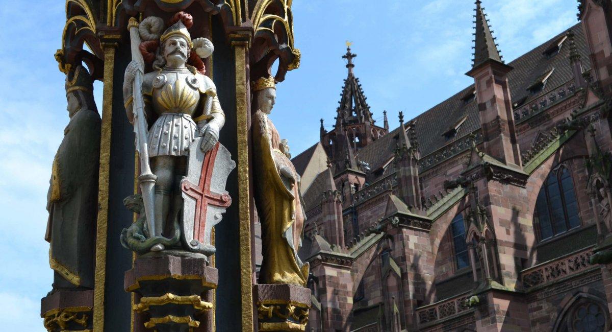 Fischbrunnen vor dem Freiburger Münster