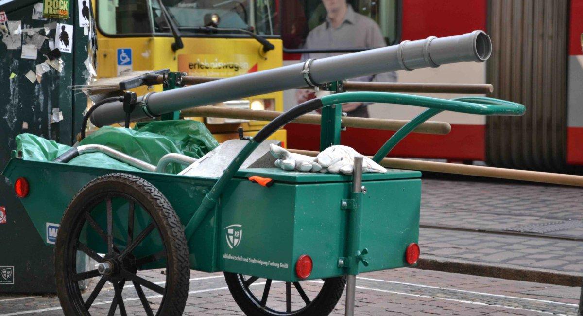 Werkzeug des Bächleputzers - Stadtführungen in Freiburg mit Blickpunkt Freiburg